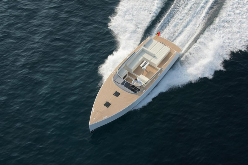 VanDutch yacht charter cannes by easy boat booking